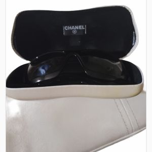 Chanel Mother of pearl shades